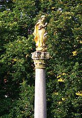 Sloup se sochou Panny Marie