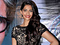 Sonam Kapoor promotes 'Mausam' on the sets of KBC 5.jpg
