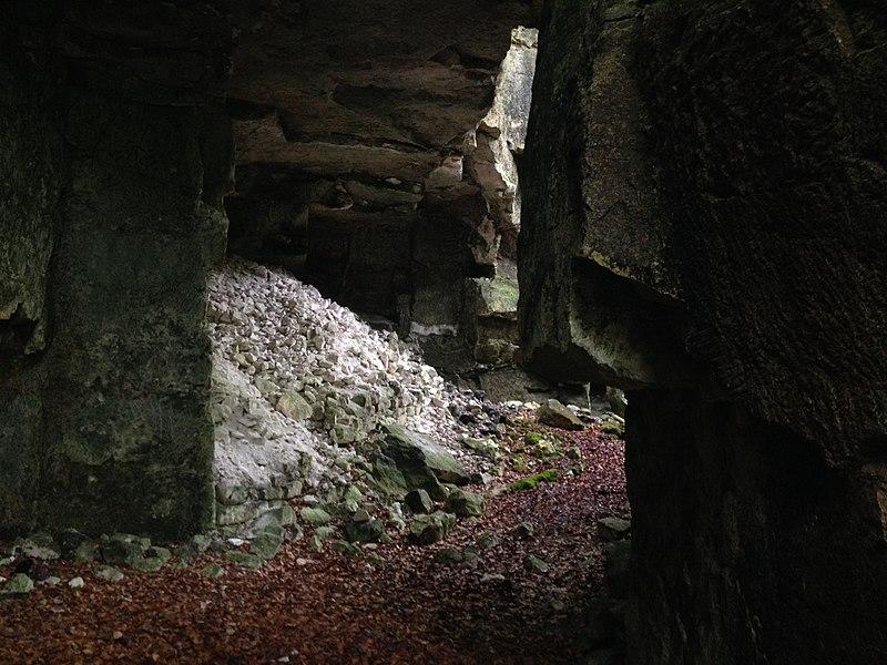 Carrière de la Montagne des Allouettes, à Sougères-en-Puisaye.