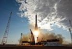 Soyuz TMA-05M rocket launches from Baikonur 4.jpg