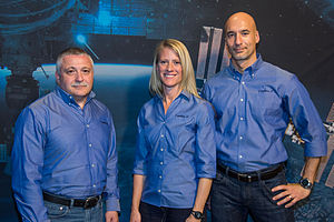 Soyuz TMA-09M - Image: Soyuz TMA 09M crew