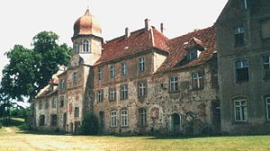 Spantekow - Spantekow castle, palace (still in use)