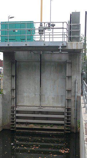 Sluice - A sluice gate