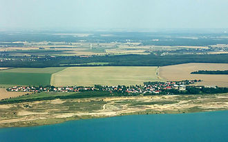 Störmthal - Aerial view of Störmthal on the lake 2008