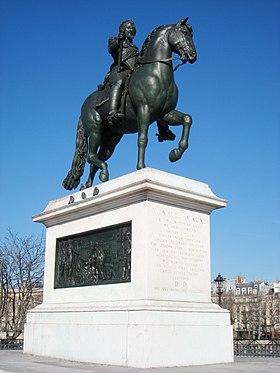 Saffiya:Mohamud est il si très Charmant 280px-Statue_of_Henri_IV_-_Pont_Neuf,_Paris,_France