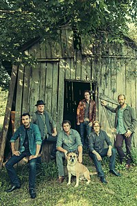 Steep Canyon Rangers 2013.jpg