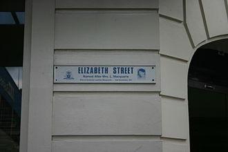 Elizabeth Street, Hobart - Image: Street Sign Elizabeth Street Hobart