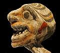 Tête dun personnage assis (Polynésie, arts et divinités au Musée du quai Branly) (2684117239).jpg