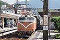TRA E417 at Ruifang Station 20170107b.jpg