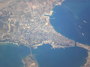 Operation Slapstick - Image: Taranto Aerial view 1