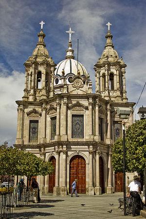 Jalostotitlán - Image: Templo del sagrado corazon
