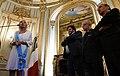Teresa Castaldo recibe Orden de San Martín 02.jpg
