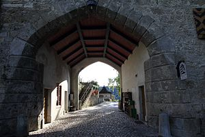 Freienstein-Teufen - Image: Teufen Entrance To The Old Castle