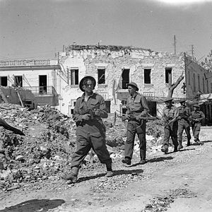Operations Vulcan and Strike - Image: The British Army in Tunisia 1943 NA2733