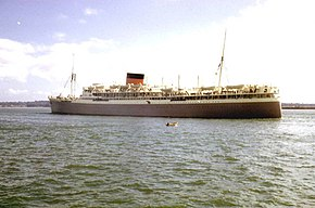"The Liner ""Stirling Castle"" leaving Southampton June 1962 - geograph.org.uk - 516241.jpg"