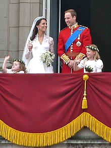 Shahzoda William va Catherine Middleton ayvonda