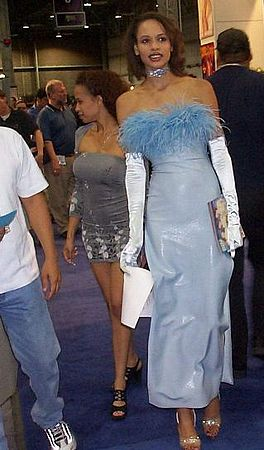 Tiffany Mason at AVN Expo 2000.jpg
