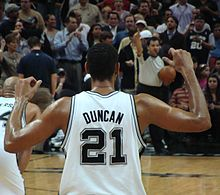 Duncan from behind on the court