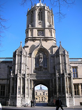 Gothic Revival architecture - Tom Tower, Oxford, by  Sir Christopher Wren 1681-82, to match the Tudor surroundings.