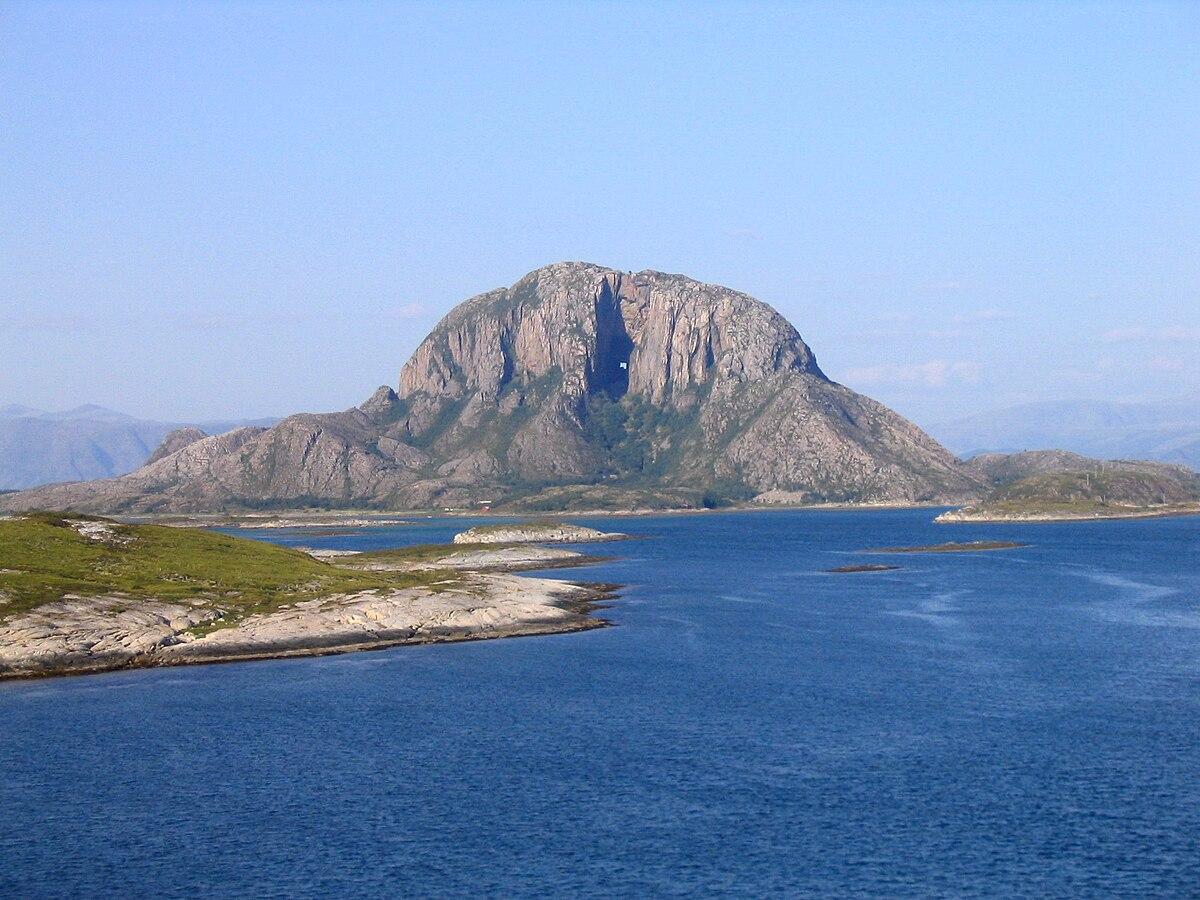 Cash And Go >> Brønnøysund – Travel guide at Wikivoyage