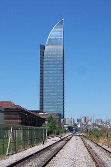 Torre de ANTEL.jpg
