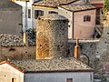 Torrione cilindrico della torre rabatana di Tricarico.jpg