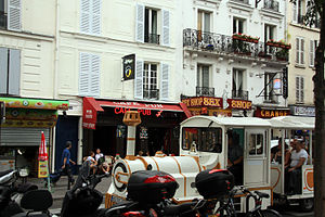 Boulevard de Clichy - Tourist train on Boulevard de Clichy
