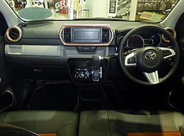 "Toyota PASSO MODA""G package""2WD (5BA-M700A-GBSE(G)) interior.jpg"