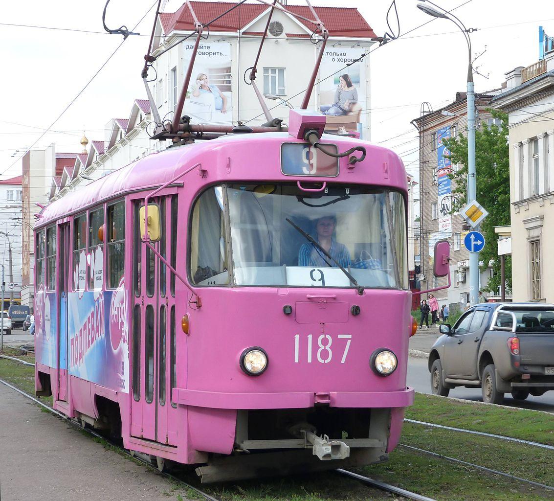 File:Tram 1187 (Izhevsk).jpg