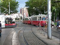 Tramlijn 6 Wenen 2016.jpg