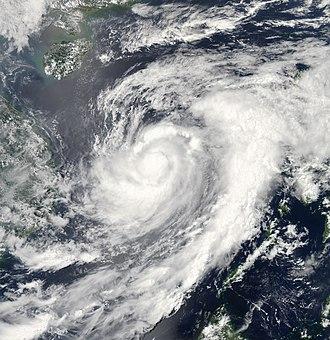 2009 Pacific typhoon season - Image: Typhoon Chan hom 2009 05 06