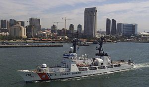 NNS Thunder (F90) - USCGC Chase (WHEC-718)