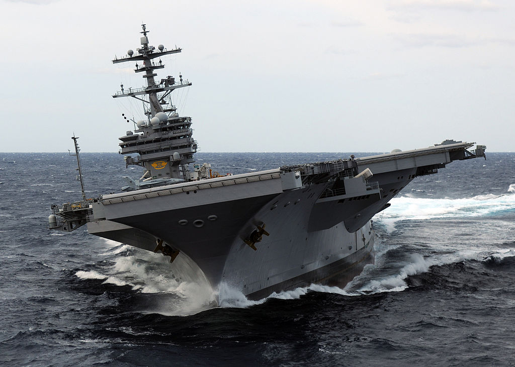 File:US Navy 100227-N-4408B-642 The aircraft carrier USS ...