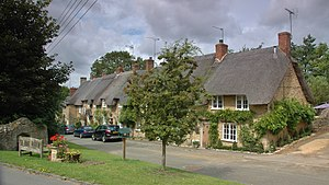 Upper Heyford, Oxfordshire - Thatched cottages in the High Street