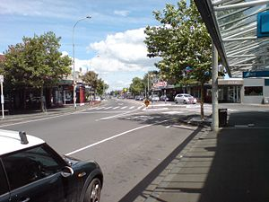 Ponsonby, New Zealand - Ponsonby Road, in the 'Three Lamps' area at northern end of the suburb, looking southwards.