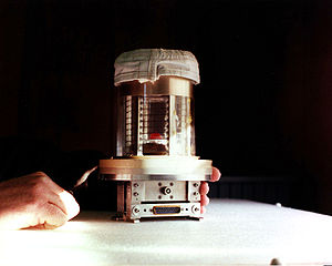 Lodewijk van den Berg - The Vapor Crystal Growth System Furnace experiment of STS-51-B.