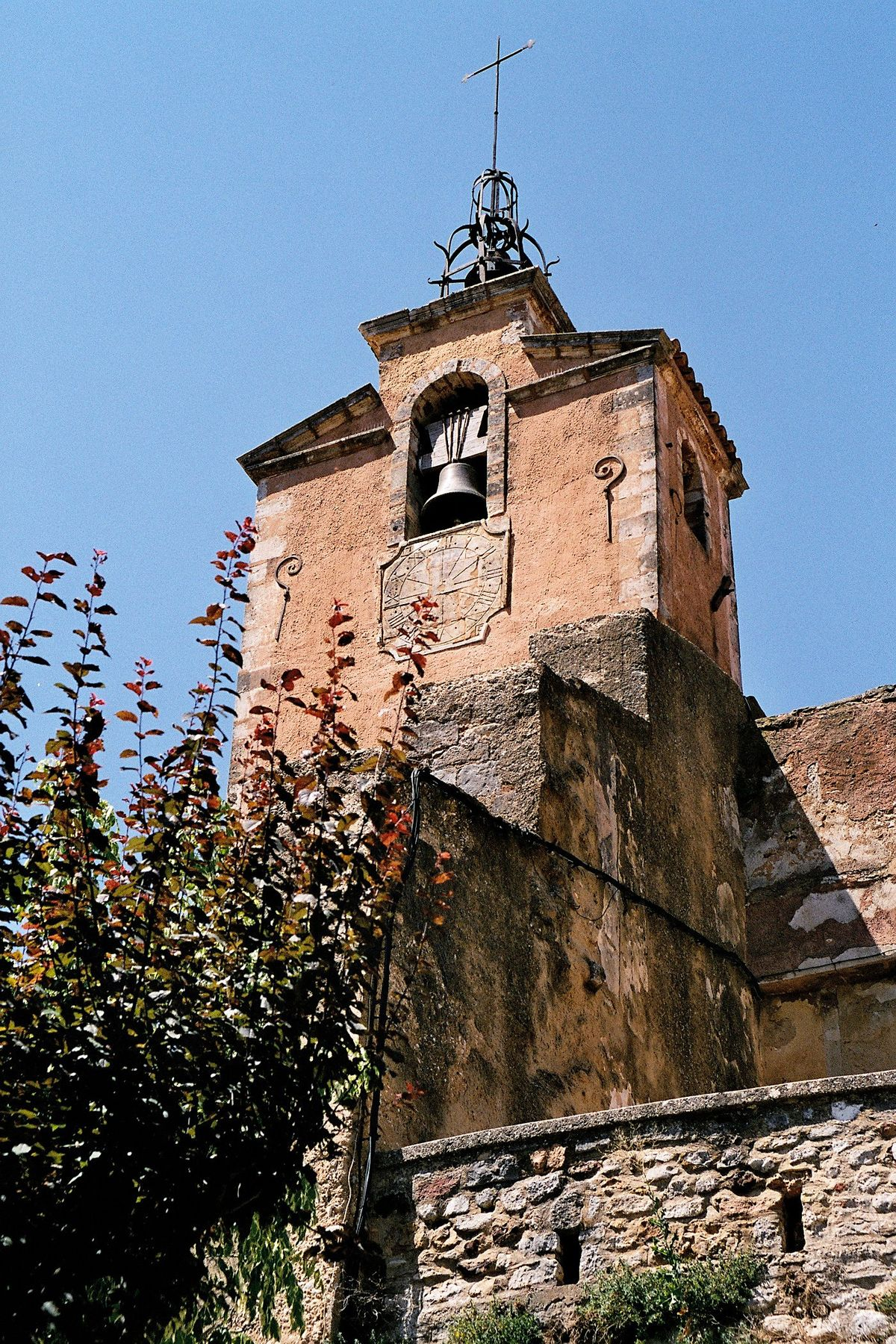 Issoire - Wikimedia Commons