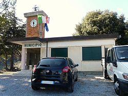 Vezzi Portio-municipio.jpg