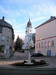 Viertelmeilenstein Neustädtel un Kirche.jpg
