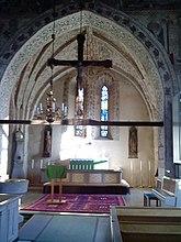 Fil:Viksta kyrka-koret-02.jpg
