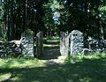 Vormsi kalmistu väravad.JPG