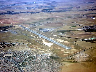 Ain Arnat Airport - Image: Vue aérienne de l'aéroport de Sétif (Algérie)