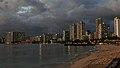 Waikiki, Honolulu (503694) (20586157459).jpg