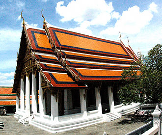 Wat Phra Kaew - Image: Wat Phra Kaew Building photo D Ramey Logan