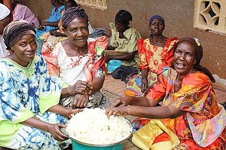 Widow - Widows of Uganda supporting each other by working on crafts in order to sell them and make an income
