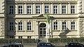 Wien 19 Döblinger Gymnasium b.jpg