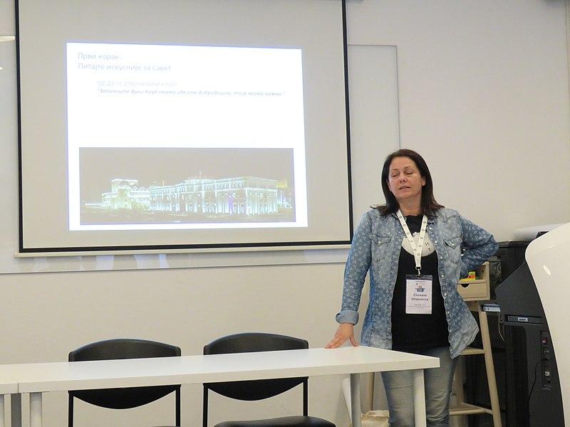 File:WikiLive 2018 in Serbia, Wiki club, Snežana 1.jpg