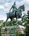 Wilhelm II. - Statue an der Hohenzollernbrücke Köln (2007).jpg