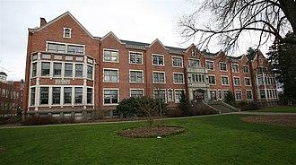 Willamette University - Lausanne Hall