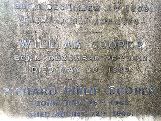 William Cooper (chemical manufacturer) - Grave of William Cooper in Berkhamsted